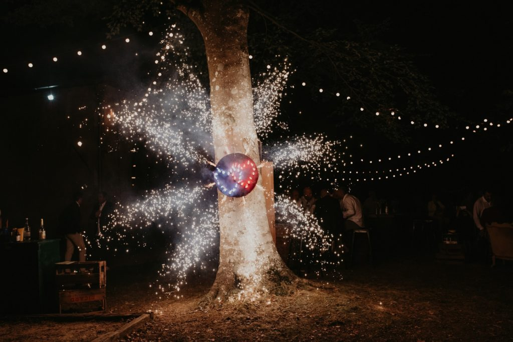 feu d'artifice mariés