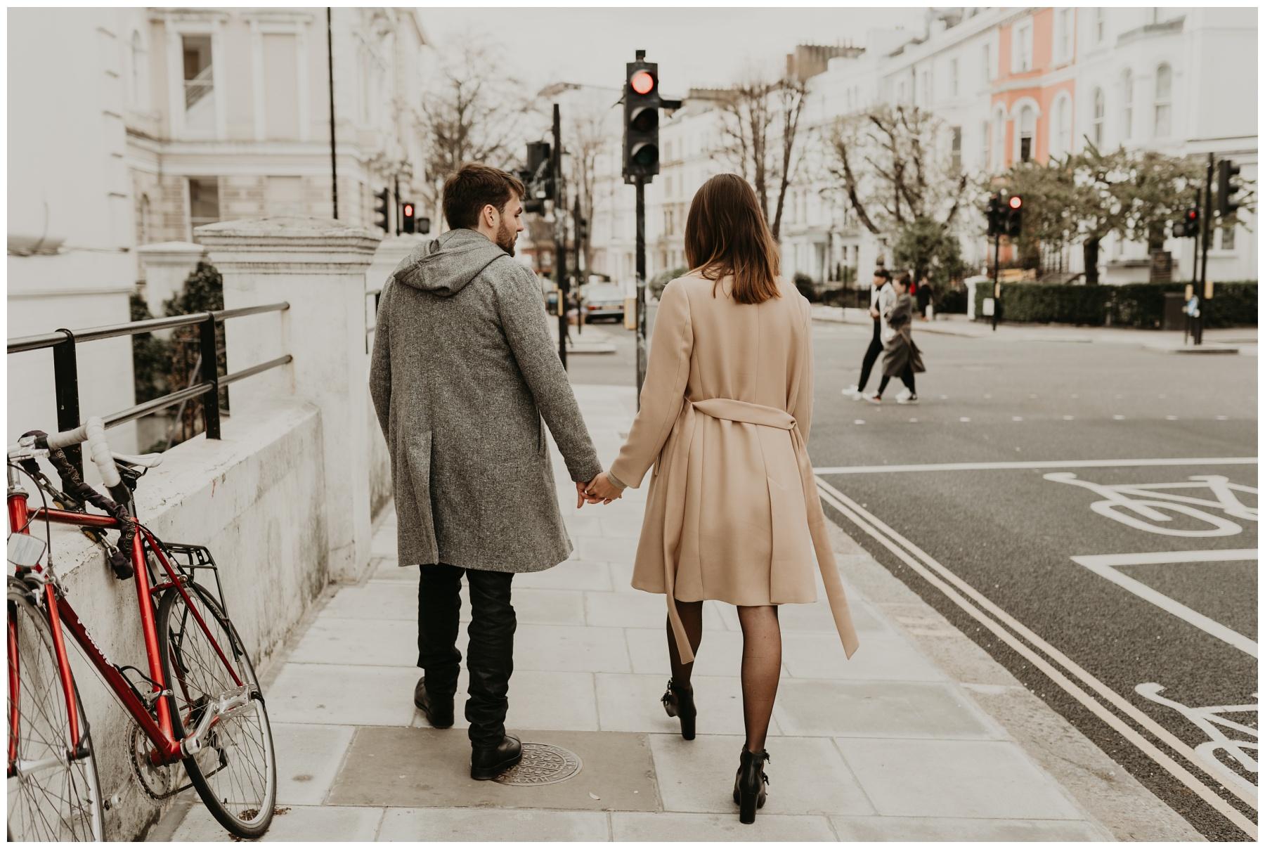 couple rue londres engagement
