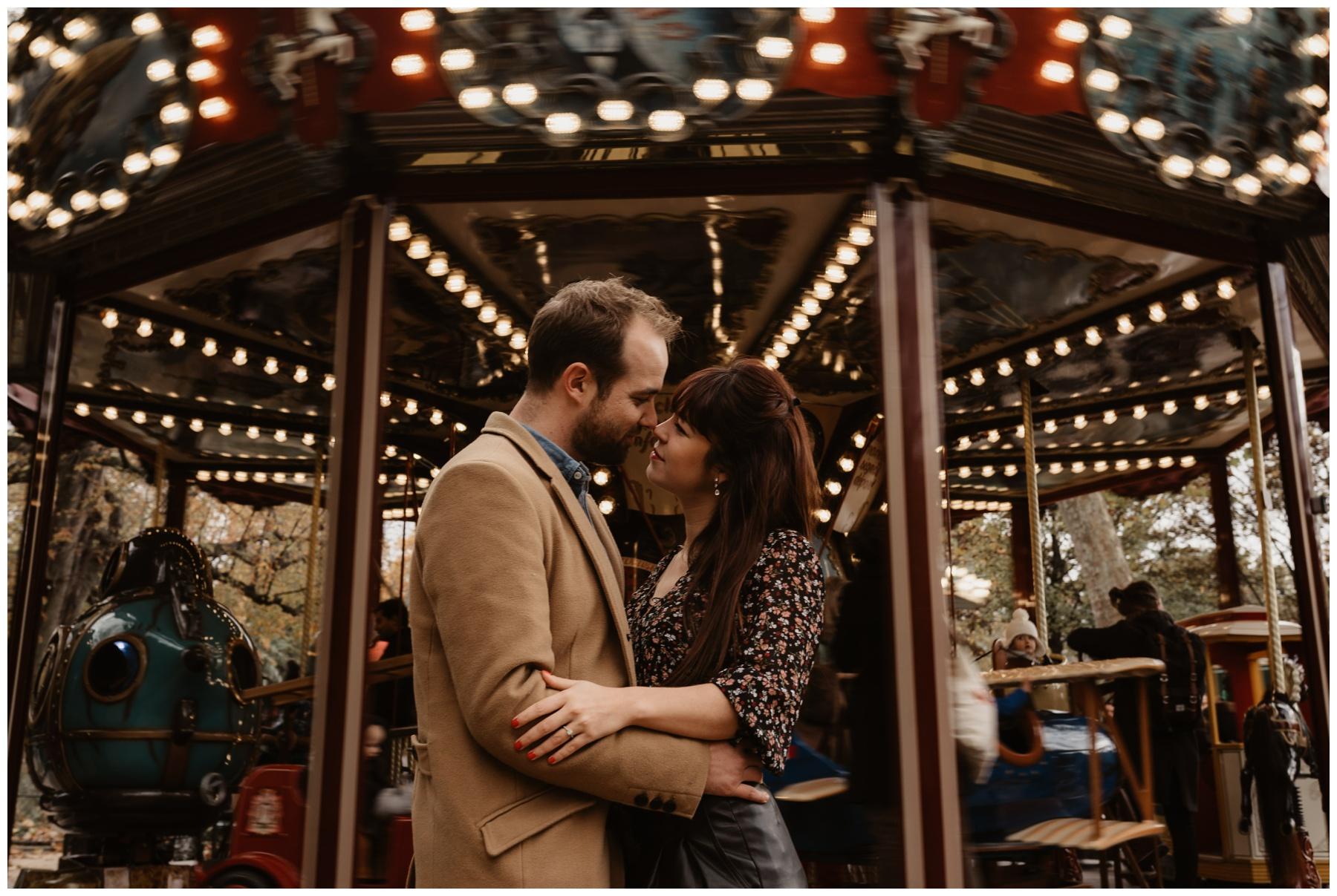 Parc Monceau paris couple